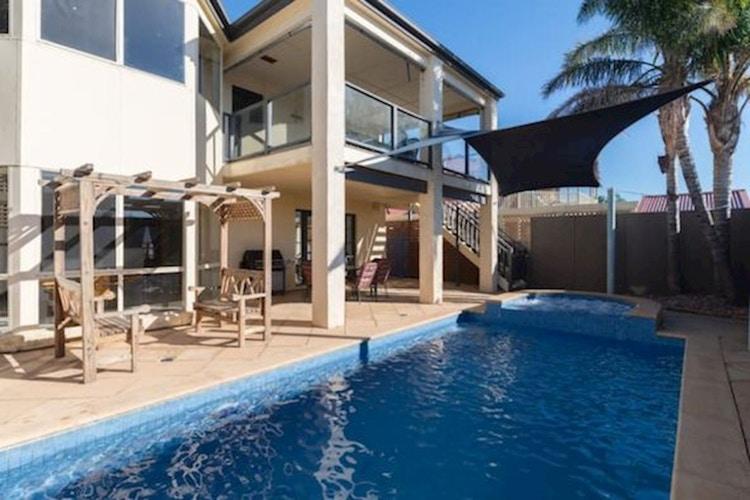 House share Hallett Cove, Adelaide $190pw, 4+ bedroom house